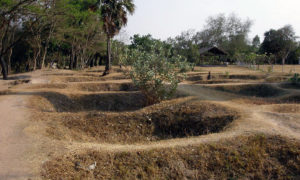 Kambodja, Phnom Penh – Ingen Killing Fields, men bilköer
