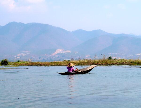 Myanmar – Inle Lake ( Nyaungshwe), Karen och italiensk mat